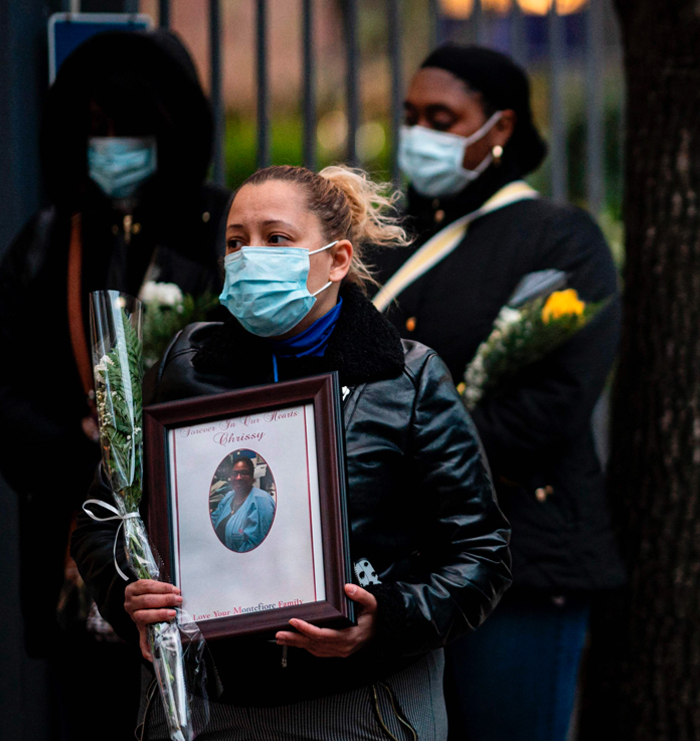 Nurses and healthcare workers mourn and remember their colleagues who died during the outbreak of the novel coronavirus (which causes COVID-19) during a demonstration outside Mount Sinai Hospital in Manhattan on April 10, 2020 in New York City.